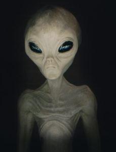 mencengangkan-yohanes-chandra-ekajaya-bertemu-alien