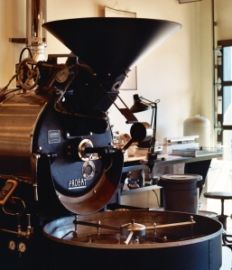 yohanes-chandra-ekajaya-sukses-dalam-usaha-penjualan-mesin-roaster-kopi